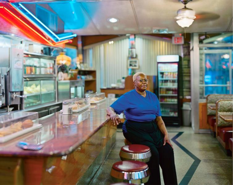 22s_pancake_diner_waitress